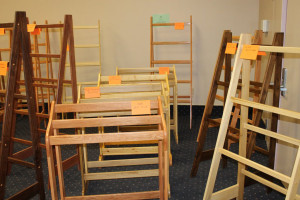 quilt-racks-and-stands